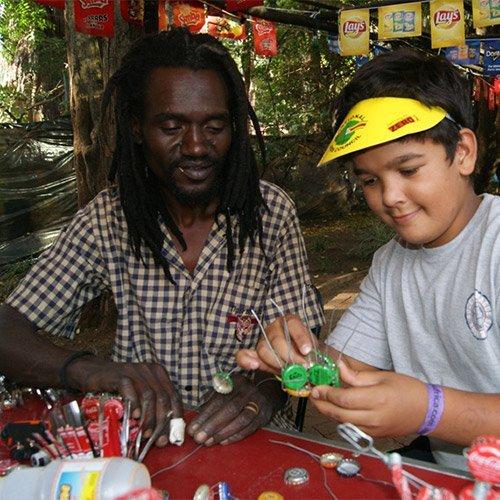 profile picture of Royd Bisiwasi